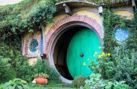 Lord of the Rings, Hobbiton, The Hobbit, Movie Set, New Zealand, Film Location, Movie Location, Bag End, Set, Movie set tours, Tours, Filmed, Hobbit, Frodo, Bilbo, Pippin, Sam, Merry, Farm tours, North Island, travel, adventure, trilogy, hobbit hole,